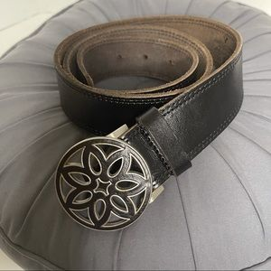 American Eagle Outfitters Leather Belt M